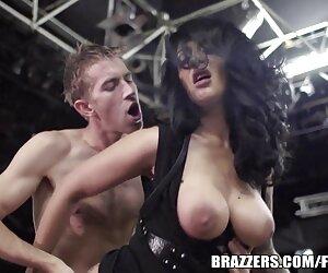 दो छात्रों को मूवी पिक्चर सेक्सी एक मुंडा के साथ एक युवा छात्र का फैसला किया