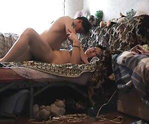 छोटे स्तन के साथ तीन सेक्सी पिक्चर मूवी हद आयामी ब्लेड