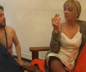 उसने कहा कि वह सुंदरता बैंग्स कैसे उसे अंग्रेजी पिक्चर सेक्सी मूवी बताया
